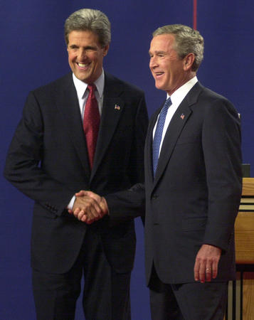 John Kerry versus George Bush 2004